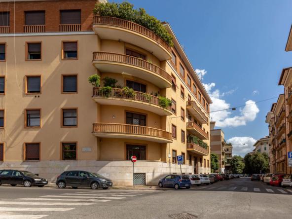 19 Via Oglio_Palazzo (2)