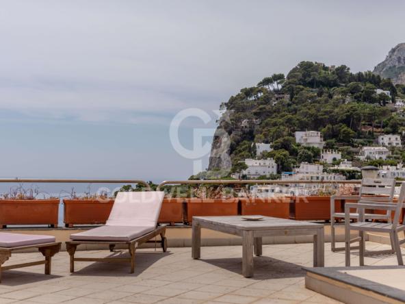 Capri 17